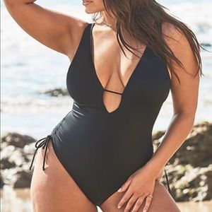 Ashley Graham x Swimsuits for all A-List Plunge